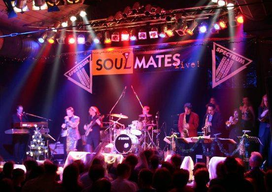 Soulmates live - Die Funk and Soul Party Band in Süddeutschland (Bild: Andy Feile)